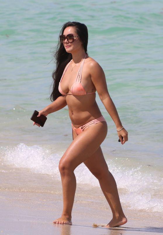 Cindy Alyn in a Pink Bikini - Miami Beach 06/12/2018