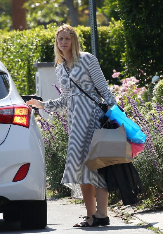 Claire Danes - Arrived Home by Uber in LA 06/07/2018
