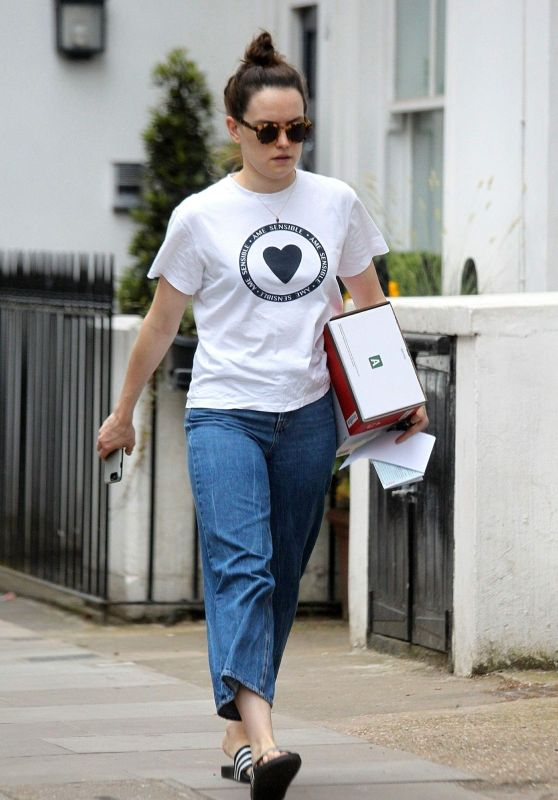 Daisy Ridley - Out in London 06/08/2018