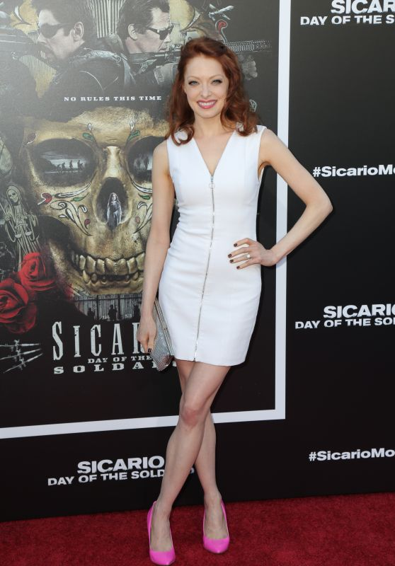 "Elizabeth J. Carlisle – ""Sicario: Day Of The Soldado"" Premiere in LA"