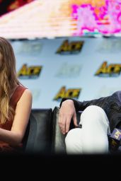 Elizabeth Olsen - ACE Comic Con in Seattle 06/23/2018