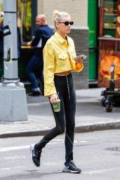 Elsa Hosk in Spandex - Enjoys a Healthy Green Juice in New York 06/11/2018