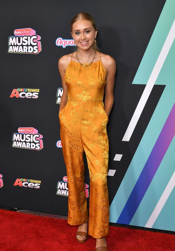 Emily Skinner – 2018 Radio Disney Music Awards in LA
