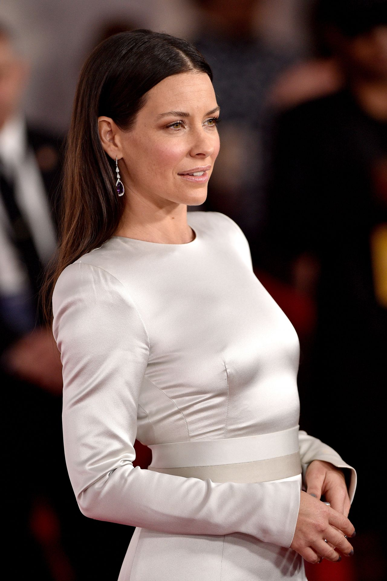 https://celebmafia.com/wp-content/uploads/2018/06/evangeline-lilly-ant-man-and-the-wasp-premiere-in-la-5.jpg