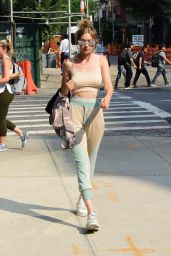 Gigi Hadid - Returning Home in New York City 06/18/2018