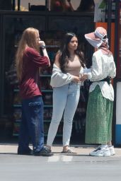 Gina Rodriguez On Set Filming in Los Angeles 06/20/2018