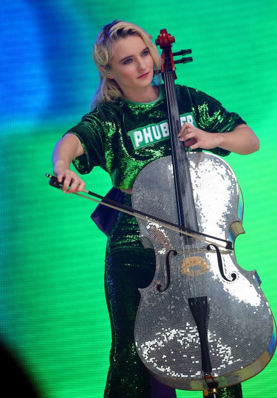 Grace Chatto – Performs at Capital FM Summertime Ball in London
