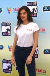 Hailee Steinfeld - Isle of MTV Press Conference in Malta 06/27/2018