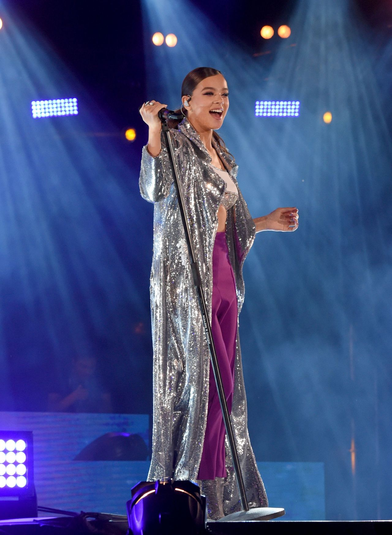 Hailee Steinfeld Performs At The Isle Of Mtv In Malta