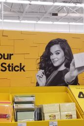 Hailee Steinfeld - Promo Photoshoot for Post-it Brand (2018)