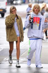 Hailey Baldwin and Justin Bieber Have Fun With the Cameras - Out in NYC 06/13/2018