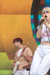 Hayley Williams - Performs at the Bonnaroo Music and Arts Festival in Manchester 06/08/2018