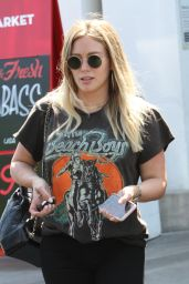 Hilary Duff at NK Shop in LA 06/29/2018