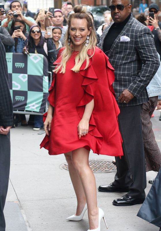Hilary Duff – Younger's Cast at the BUILD Series in NYC 06/05/2018