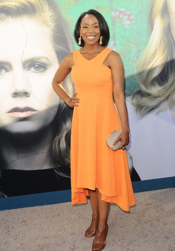 """Hilary Ward – """"Sharp Objects"""" Premiere in Los Angeles"""