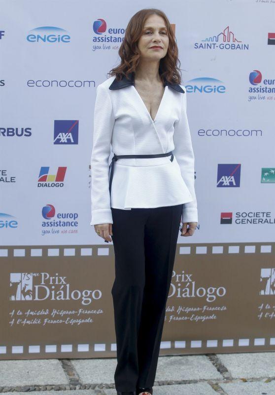 Isabelle Huppert - Prix Dialogo 2018 Gala Awards in Madrid
