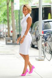 Jada Pinkett Smith Style - Out in New York City 06/13/2018