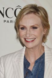 Jane Lynch – 2018 Women In Film Crystal and Lucy Awards in LA