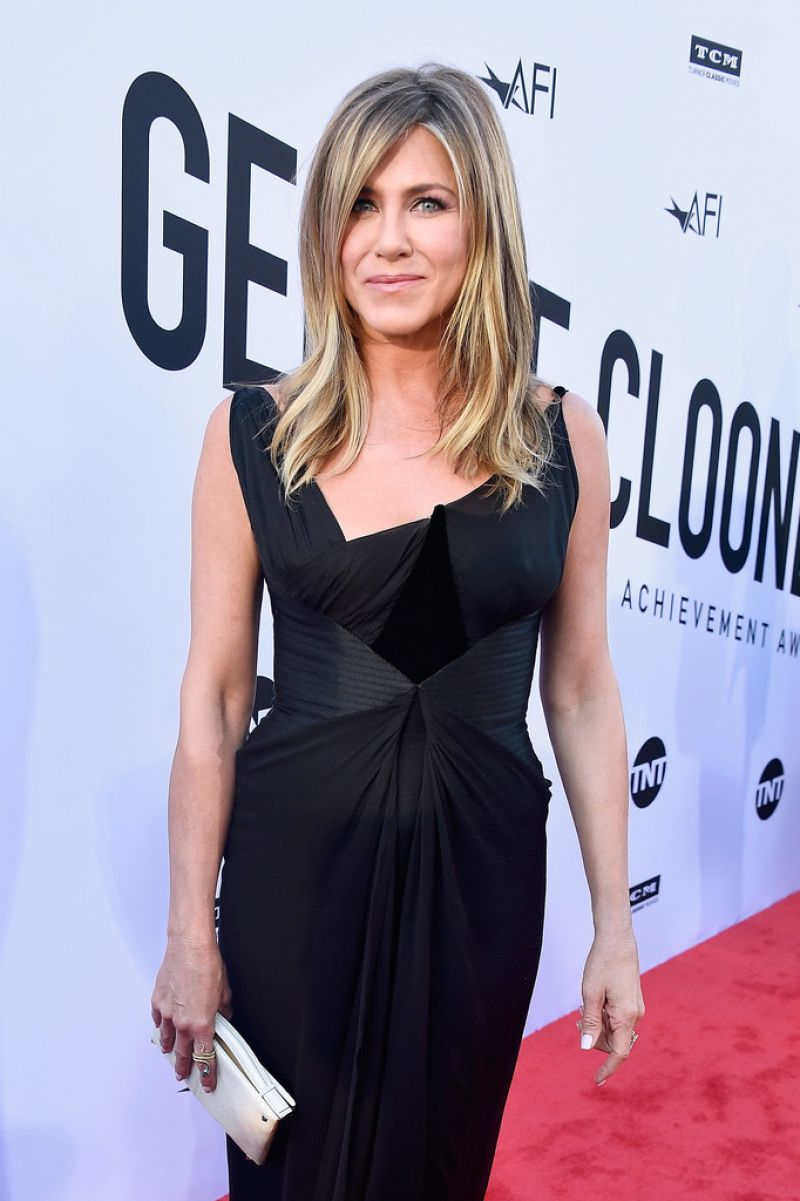http://celebmafia.com/wp-content/uploads/2018/06/jennifer-aniston-46th-afi-life-achievement-award-gala-in-la-5.jpg