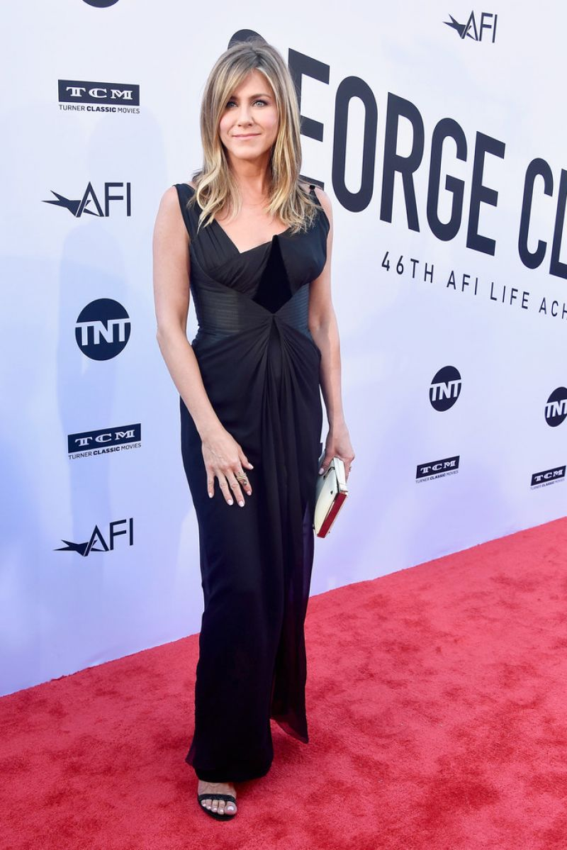 http://celebmafia.com/wp-content/uploads/2018/06/jennifer-aniston-46th-afi-life-achievement-award-gala-in-la-8.jpg