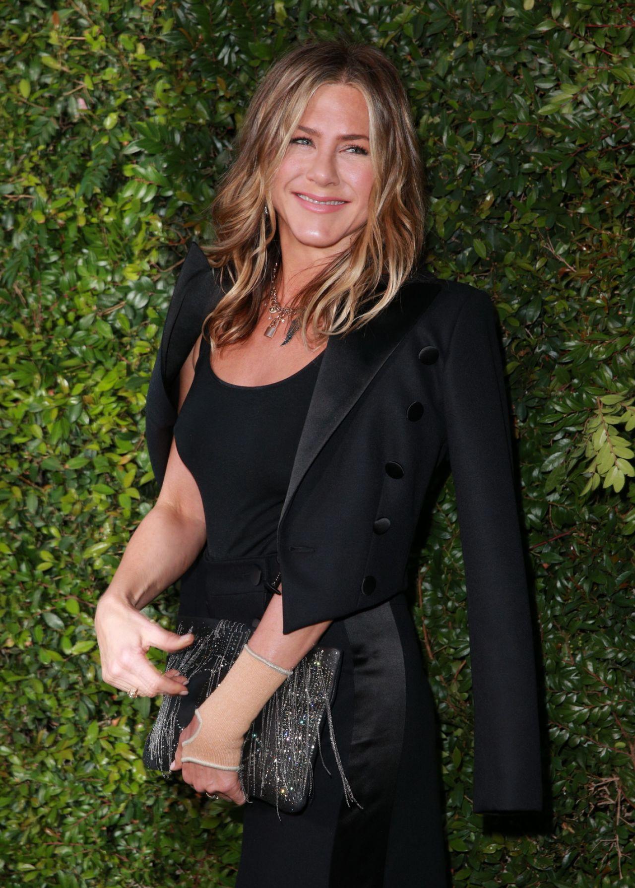 Jennifer Aniston - Cha...