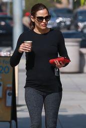 Jennifer Garner in Tights - Santa Monica 06/20/2018