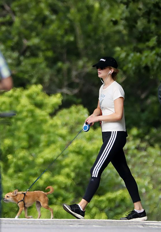 Jennifer Lawrence Walking Her Dog in Central Park in NYC 06/10/2018