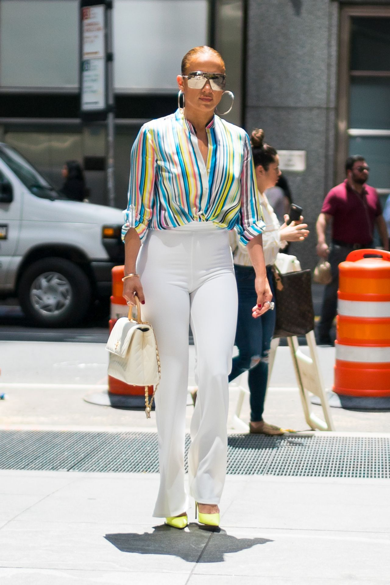 jennifer-lopez-and-alex-rodriguez-leaving-the-casa-lever-in-nyc-06-29-2018-5.jpg