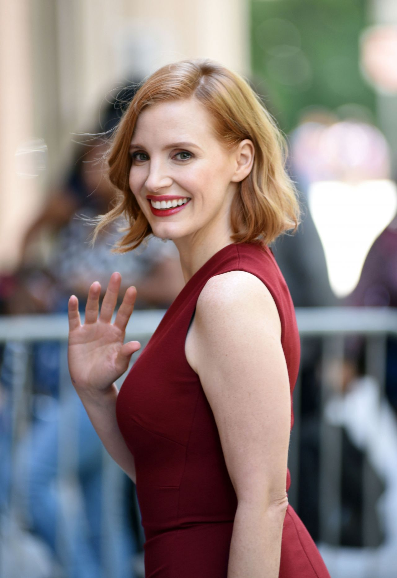 https://celebmafia.com/wp-content/uploads/2018/06/jessica-chastain-arriving-to-appear-on-the-view-and-buid-series-in-nyc-06-26-2018-1.jpg