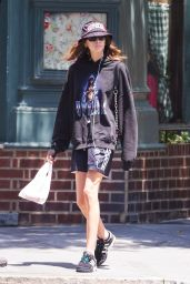 Kaia Gerber Street Style - Walking Around the East Village in NY 06/12/2018