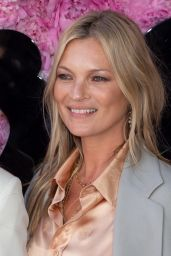 Kate Moss – Dior Homme Show SS19 in Paris 06/23/2018