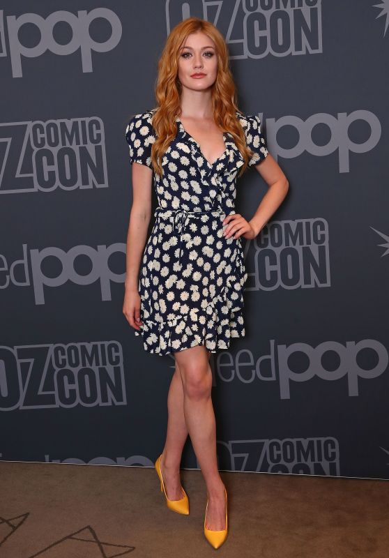 Katherine McNamara - Oz Comic-Con Photocall in Melbourne 06/08/2018