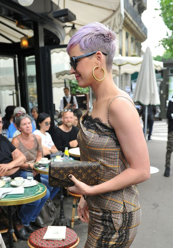 Katy Perry - Lunch at Cafe de Flore in Paris 05/30/2018