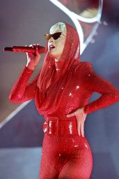 "Katy Perry - Performing on Her ""Witness"" Tour in Liverpool"