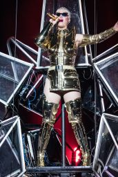 Katy Perry - Performs at the O2 Arena in London 06/15/2018