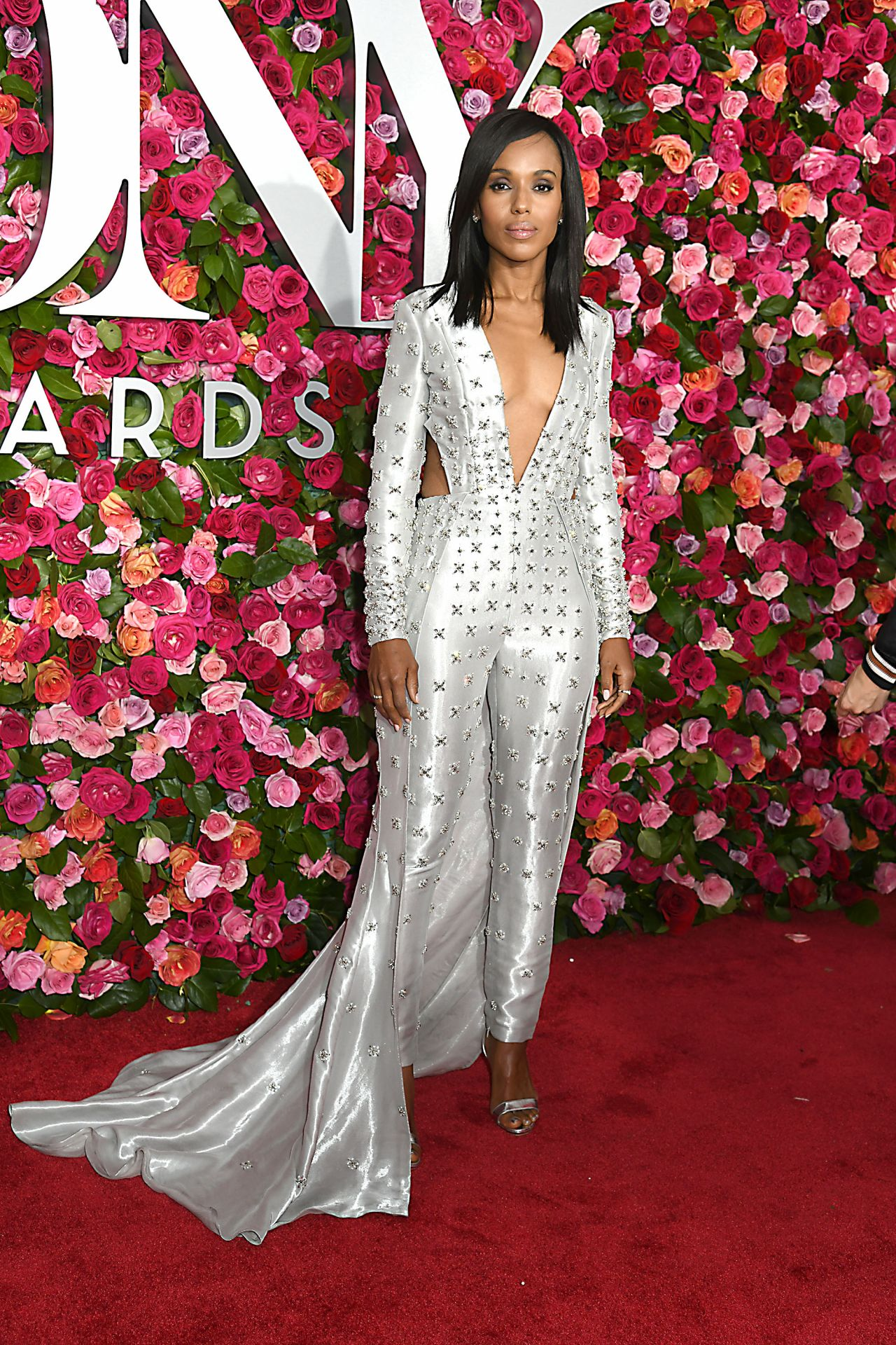 http://celebmafia.com/wp-content/uploads/2018/06/kerry-washington-72nd-annual-tony-awards-in-new-york-city-06-10-2018-1.jpg