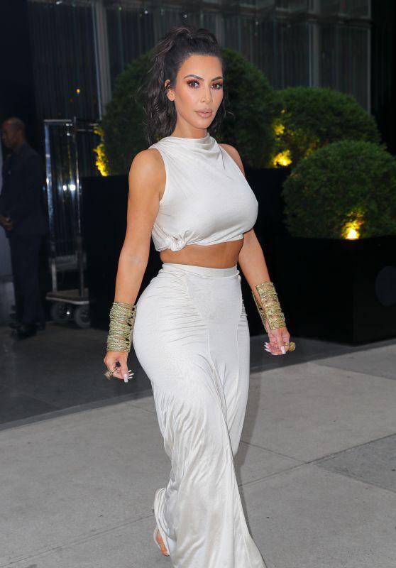 Kim Kardashian West on Her Way to the CFDA Awards in New York City 06/04/2018