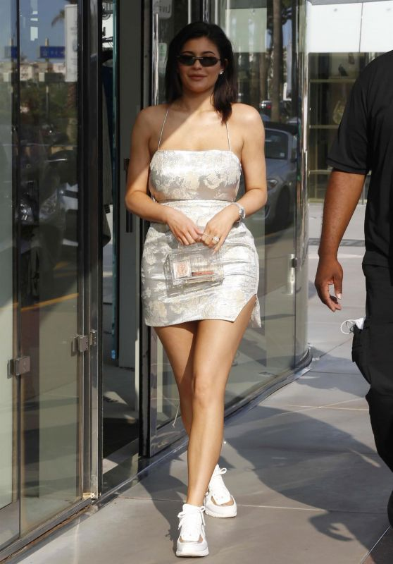 Kylie Jenner - Out in Cannes 06/20/2018
