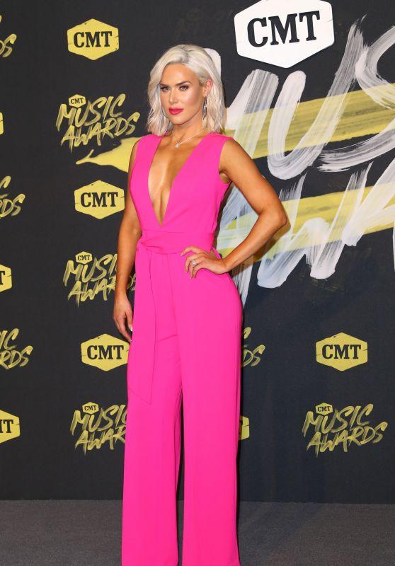 Lana (CJ Perry) – 2018 CMT Music Awards in Nashville