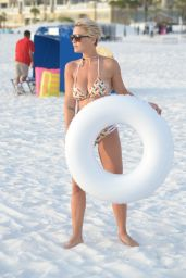 Lauren E. Hubbard - Photoshoot for Bikini Company on Clearwater Beach 06/18/2018