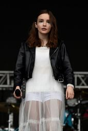 Lauren Mayberry - Parklife Festival in Manchester 06/10/2018