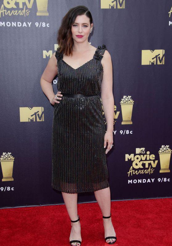 Lauren Miller – 2018 MTV Movie And TV Awards in Santa Monica
