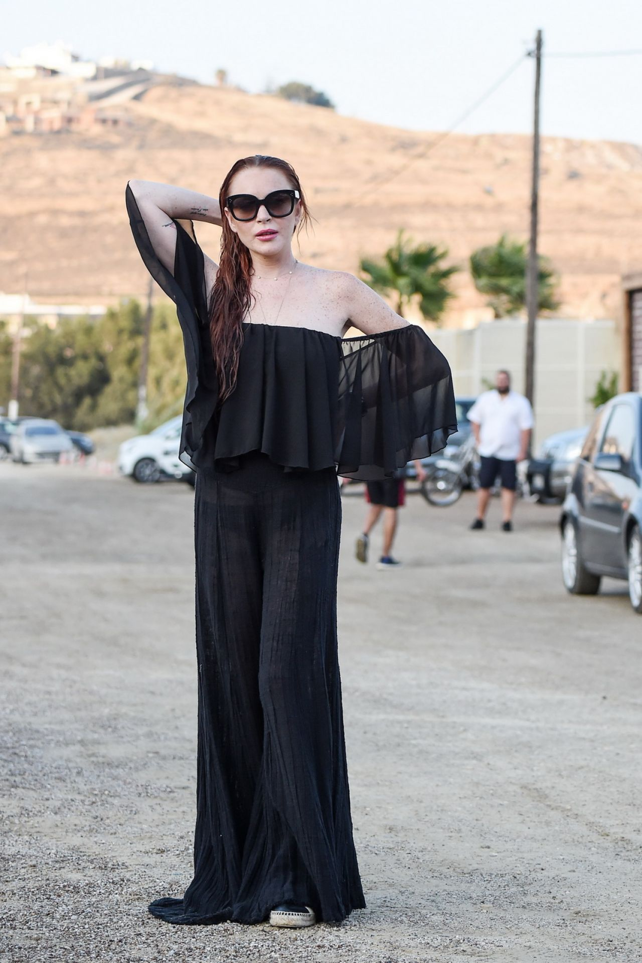 Lindsay Lohan's On Trend Fall Ensemble foto