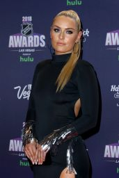 Lindsey Vonn - 2018 NHL Awards Red Carpet in Las Vegas