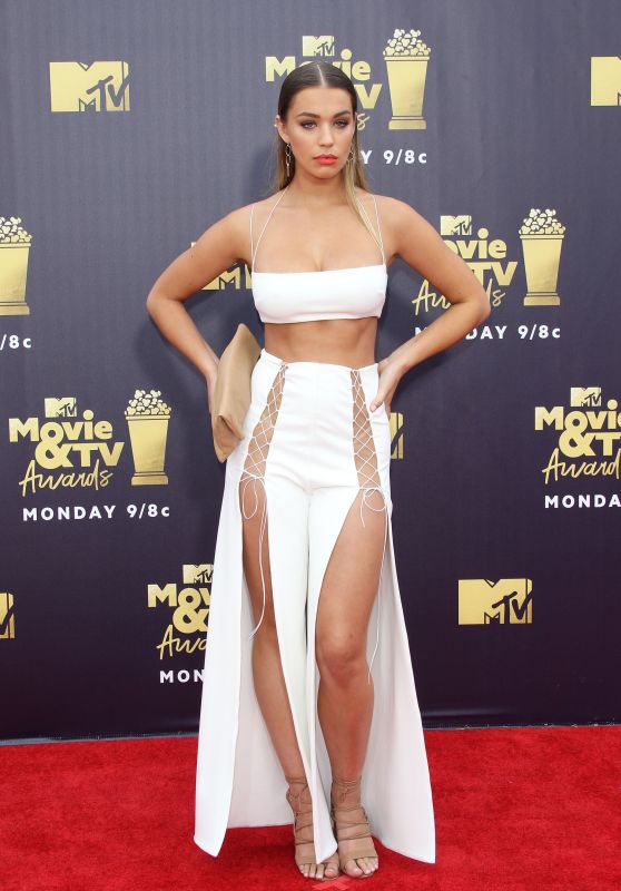 Liv Pollock – 2018 MTV Movie And TV Awards in Santa Monica