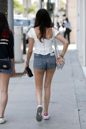 Madison Beer Leggy in Jeans Shorts - Shopping in Los Angeles 06/29/2018