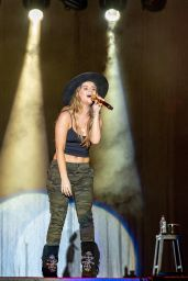 Maren Morris - Headlines Country USA Music Festival in Oshkosh 06/20/2018