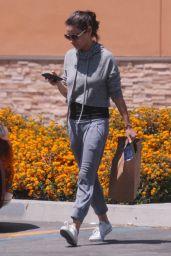 Mila Kunis Street Style - Walgreens in Los Angeles 06/11/2018