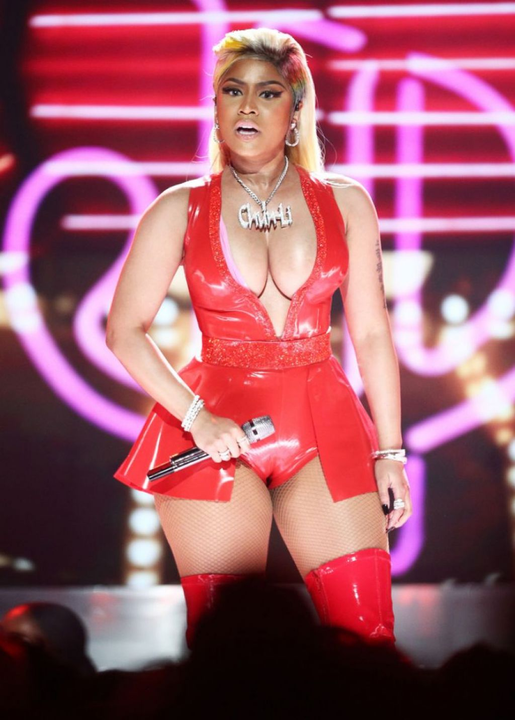 Nicki minaj performance on bet awards william hill live betting