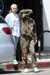 Noah Cyrus - Out in Studio City 06/19/2018